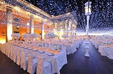 4 mẫu đèn trang trí tiệc cưới xinh lung linh