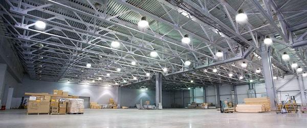 Những lưu ý và cảnh báo an toàn khi lắp đặt và sử dụng đèn Highbay Osram cho nhà xưởng