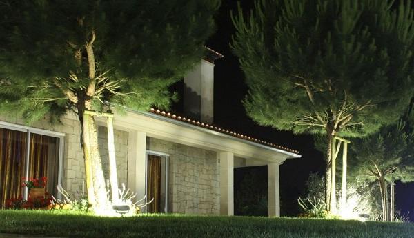 Những mẫu pha đèn led Opple ngoài trời được sử dụng nhiều hiện nay
