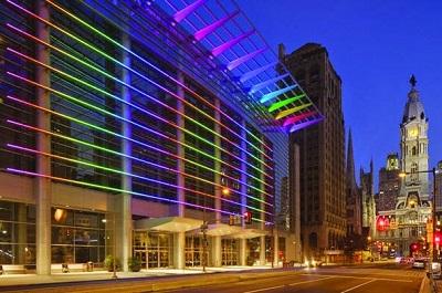 Sử dụng đèn led dây opple đổi màu trang trí cho tòa nhà