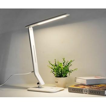 Xua tan nỗi lo cận thị với đèn led bàn học